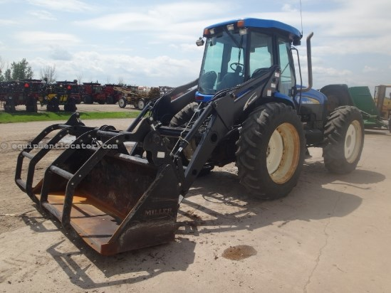 2009 New Holland TV6070-2733 hrs, Cab End, F&R PTO, 3pt Cab End Tractor For Sale