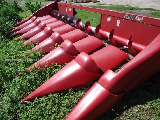 2010 Case IH 3208, 1680/2166/2366/2388, HHC, FT, Knife Rolls Header-Corn For Sale