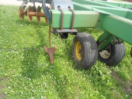 1998 John Deere 510, 15', 7 Shank, Cushion Gang Rippers For Sale