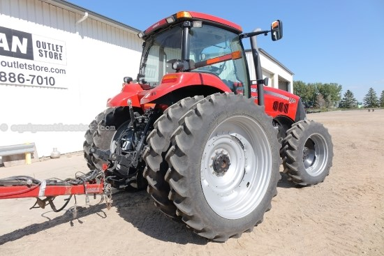 2011 Case IH MAGNUM 225CVT, Warranty*, Front Suspension Tractor For Sale