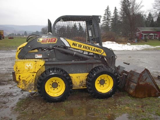 Skid Steer For Sale:  2011 New Holland L218