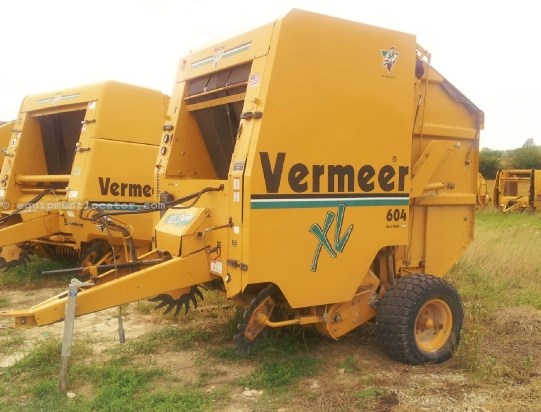 Vermeer 604 XL Baler-Round For Sale at EquipmentLocator com