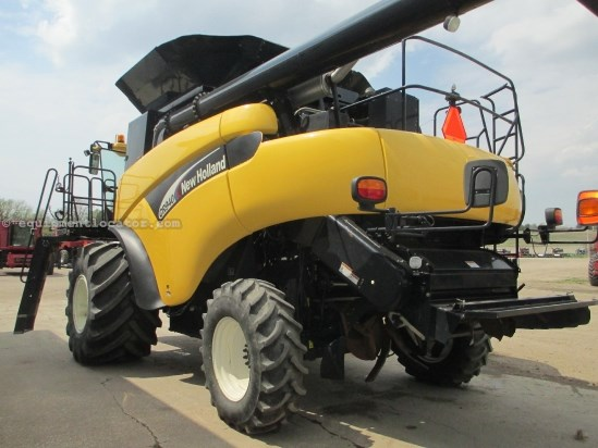 2004 New Holland CR940, INTELLIVIEW MONITOR, 2125 Sep, RT, CONTOUR Combine For Sale