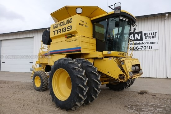 2001 New Holland TR99, 1822 Sep Hr, RT, Contour, Chopper  Combine For Sale