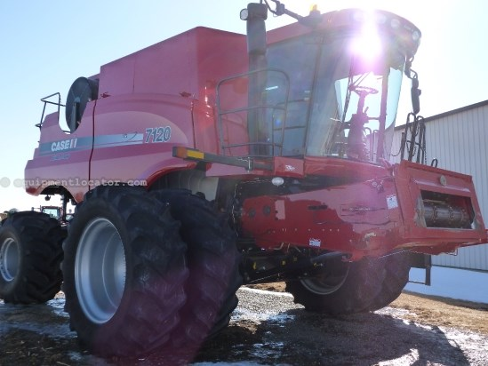 2008 Case IH AF7120, 1494 Eng Hrs, 4wd, Chaff Spreader Combine For Sale