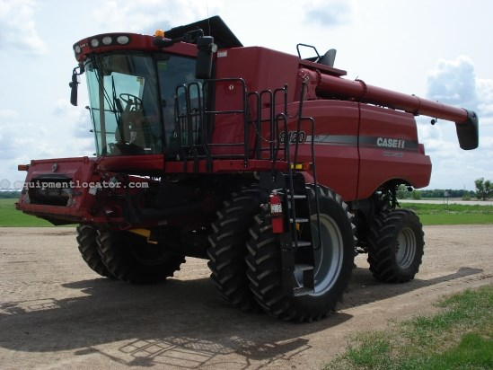 2010 Case IH 8120, RT, FT, Chop/Spread, Lux Cab Combine For Sale