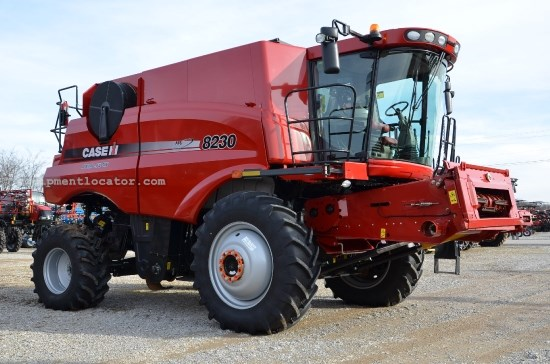 Combine For Sale:  2013 Case IH 8230, 413 Est Hours, 320000.00 USD