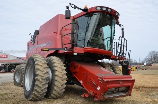 Combine For Sale:  2008 Case IH 8010, 2672 Est Hours, 157999.00 USD