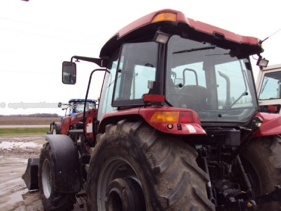 2011 Case IH 105U - 2803 hrs, CAH, 3 hyd, 540/1000 pto, 3pt Tractor For Sale