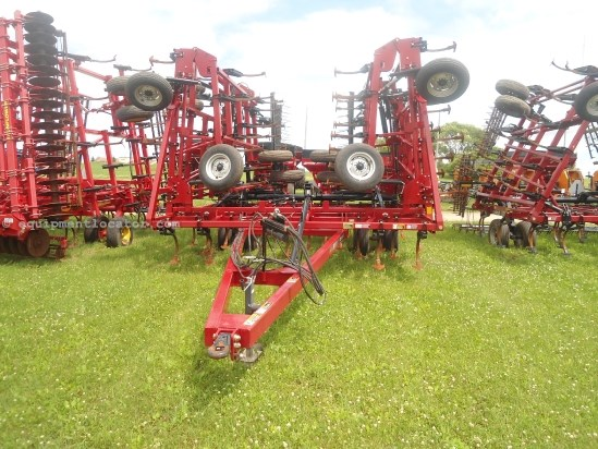 2009 Case IH TM200, 50', 5 Sec, Coil Tine, Sweeps Field Cultivator For Sale