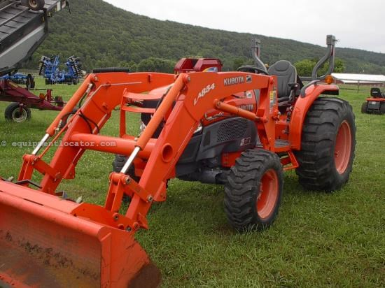 Tractor For Sale:  2009 Kubota L4240GST