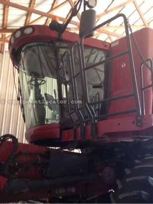 Combine For Sale:  2008 Case IH 7010, 1657 Est Hours, 142632.00 USD