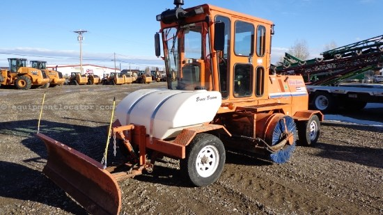 2008 Broce RCT350, Sweeper, 1609 Hours Street Sweeper For Sale