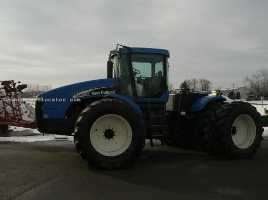 Tractor For Sale:  2002 New Holland TJ450
