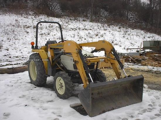 Tractor For Sale:  Cub Cadet 7305