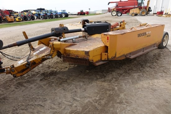 2000 Woods 2162, 14 Ft, Wing, 1000 PTO, Pull, Chain Guards  Rotary Cutter For Sale