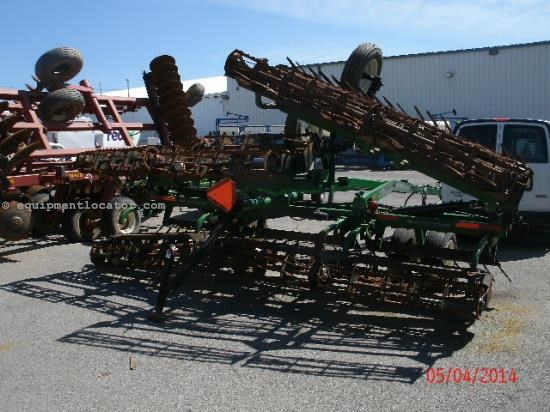 Tillage For Sale:  Universal 1225
