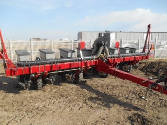 2002 Case Ih 1200 8 Row Planter For Sale At Equipmentlocator Com