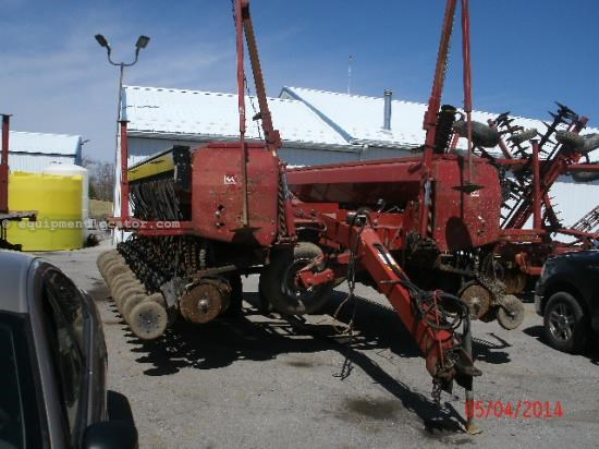 Drill For Sale:  Case IH 5500