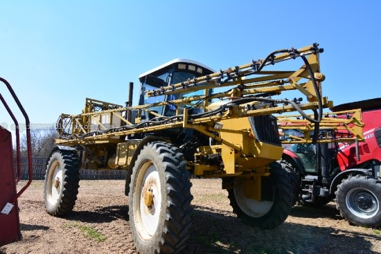 Sprayer-Self Propelled For Sale:  2001 RoGator 854, 45000.00 USD