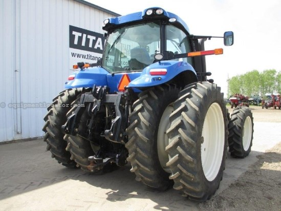 2012 New Holland T8390 - 327 hrs, AutoSteer, 50KPH, F&R Susp/Duals Tractor For Sale