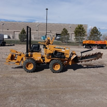 "2010 Astec Maxi Sneeker Series D, 24"" HD BOOM, 4 WHEEL DRIVE  Trencher-Rubber Tires For Sale"