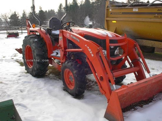 Tractor For Sale:  2007 Kubota L3240DT