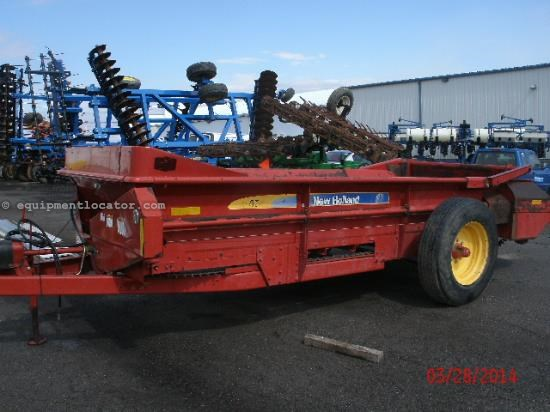 Manure Spreader-Dry/Pull Type For Sale:  New Holland 165