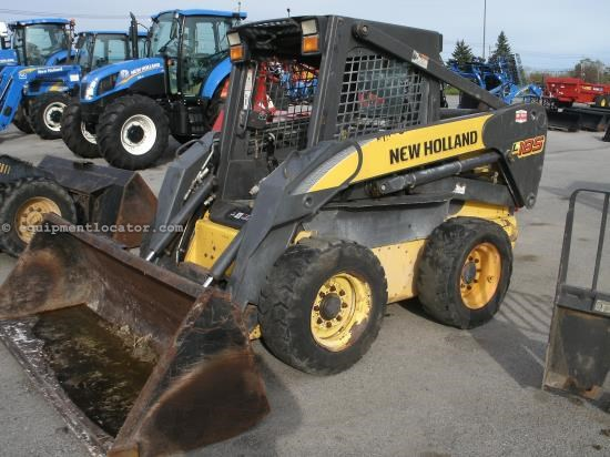 Skid Steer For Sale:  2006 New Holland L185