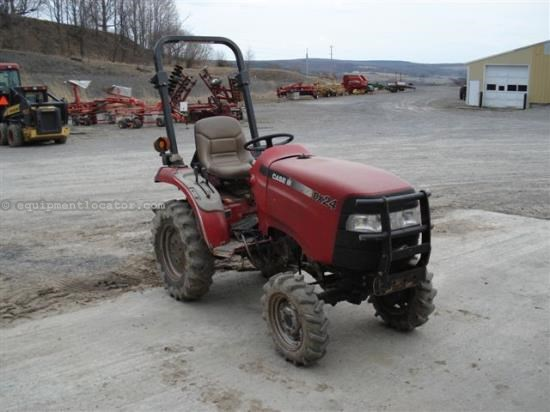 Tractor For Sale:  2004 Case IH DX24