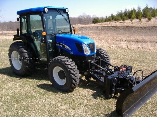 Tractor For Sale:  New Holland TN70DA