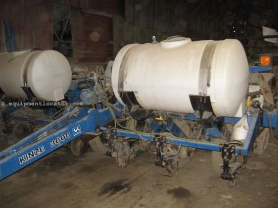 Planter For Sale:  2007 Kinze 3000