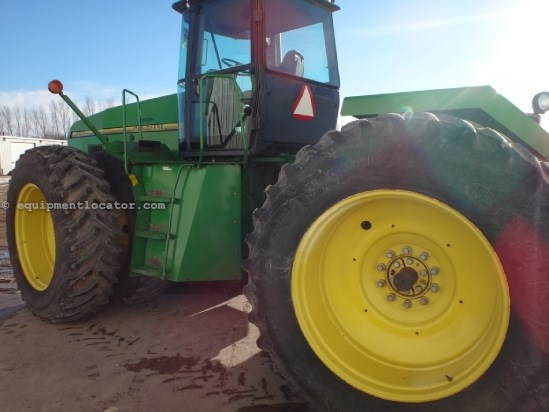 1995 John Deere 8970, 9279 Hr, 4 Remotes, Manual Trans, NO PTO Tractor For Sale