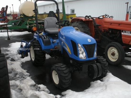 Tractor For Sale:  2008 New Holland T1110