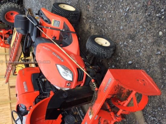 Riding Mower For Sale:  2005 Kubota GR2100-54