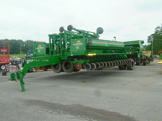 Drill For Sale:  2013 Great Plains 3S-5000HD