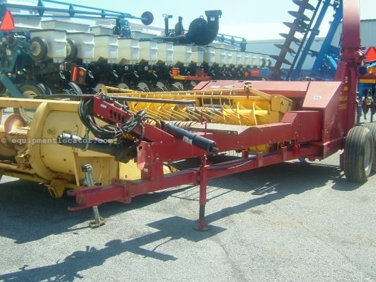 Forage Harvester-Pull Type For Sale:  2001 New Holland FP240