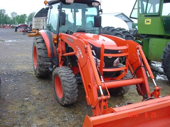 Tractor For Sale:  2011 Kubota L3940HSTC