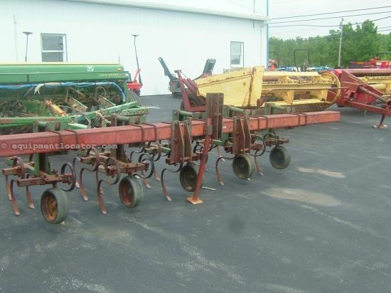 Field Cultivator For Sale:  Brillion BRS-02