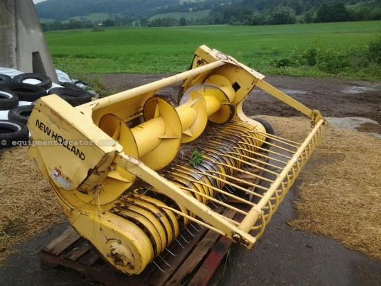 Forage Head-Windrow Pickup For Sale:  2003 New Holland 27P