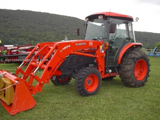 Tractor For Sale:  2012 Kubota L5740HSTC