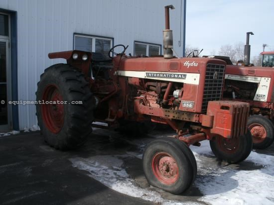 Tractor For Sale:  1972 International 656