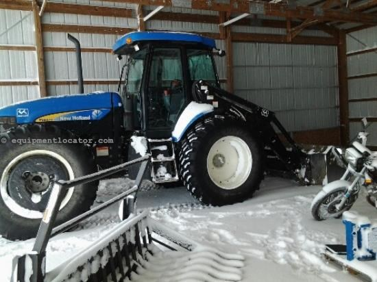 Tractor For Sale:  2009 New Holland TV6070