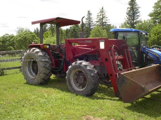 Tractor For Sale:  1988 Case IH 885