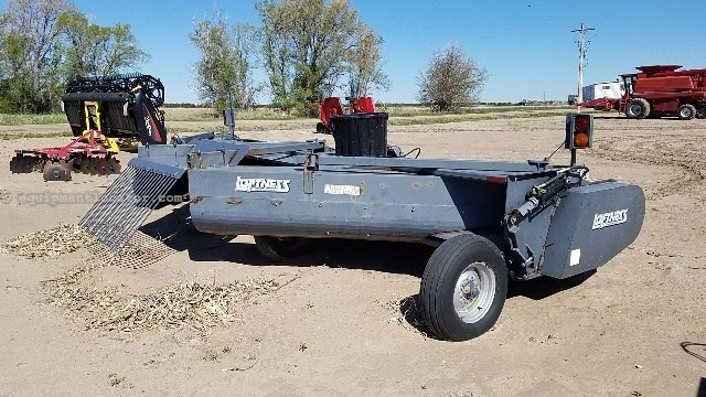 2007 Loftness 240, 20' width, Center discharge, 1000 rpm Stalk Chopper For Sale