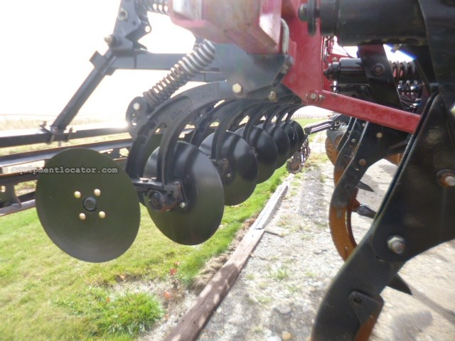 2012 Case IH 870, 18', 9 Shank, New-Shank Pts/Discs/Disc Blades Disk Ripper For Sale