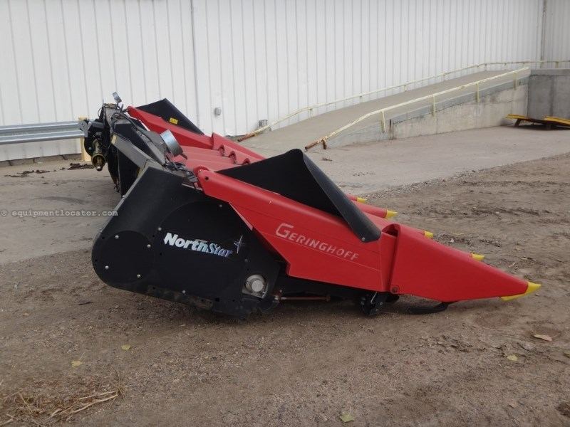 2008 Geringhoff 830, 8R30, Fits CIH 6088/8010/8120/8230, HHC, Cont Header-Corn For Sale