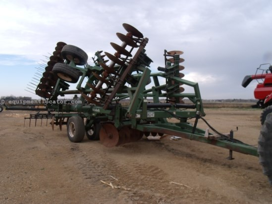 2009 Wishek 862, 30', Hyd Level, Scraper, Coil Tine Harrows Disk Harrow For Sale