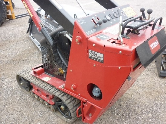 2013 Toro TX427, Mech Coupler, 4 Cu Ft Bucket Skid Steer-Mini For Sale