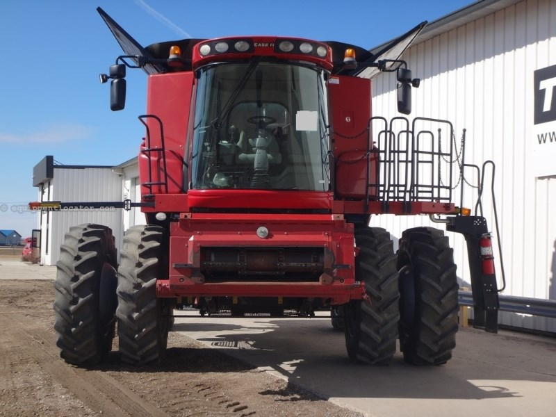 2010 Case IH 7120, 1335 Sep Hr, RT, FT, Elec Fold Cover Combine For Sale
